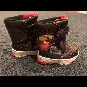 Disney Cars boys winter snow boots - size 8